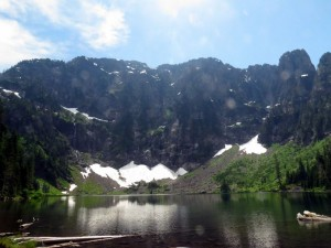 Lake 22, on the north flank of Mt. Pilchuk. Photos by Jon Ostrow